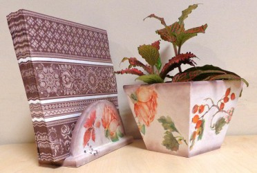 Flower pot and napkin box