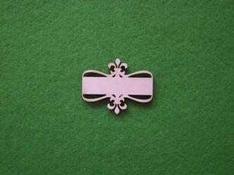 Lentelė su ornamentu