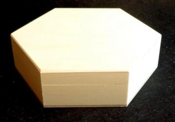 Šešiakampė dėžutė (maža)