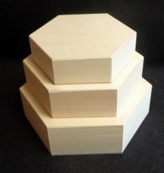 Šešiakampių dėžučių rinkinys (3 vnt)
