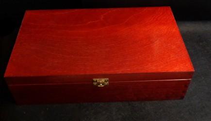 Vyno dėžė 2 vyno buteliams (raudonmedžio spalva)