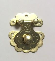 Užsegimas (aukso spalva)