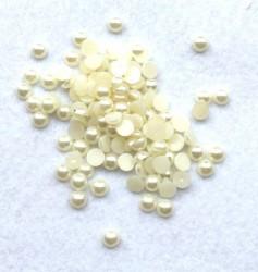 Klijuojami akriliniai perliukai - gelsvi (6 mm, apie 100 vnt)