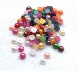 Klijuojami akriliniai perliukai - miksas (6 mm, apie 100 vnt)