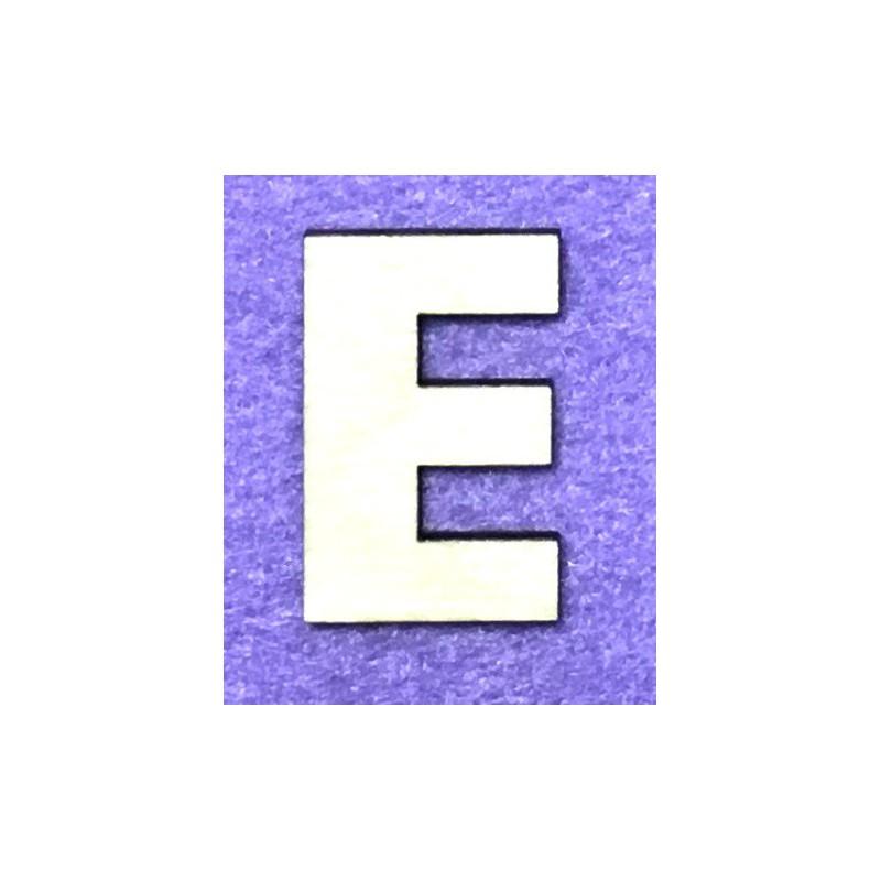 Raidė E (5 cm, 8 šriftas)
