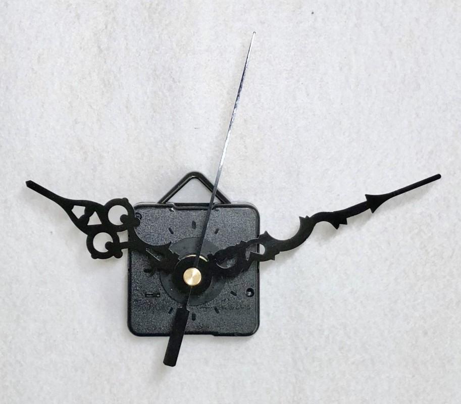 Laikrodžio mechanizmas (juodos spalvos rodyklės)