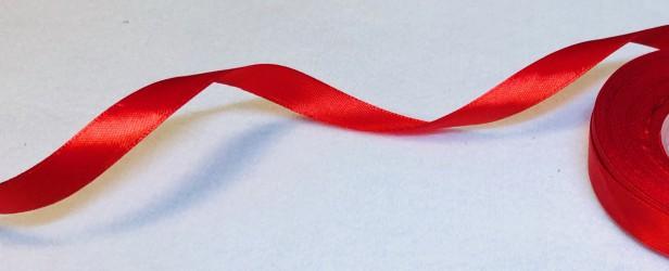 Satininės juostelė Raudona (1,2cm pločio, 1m)