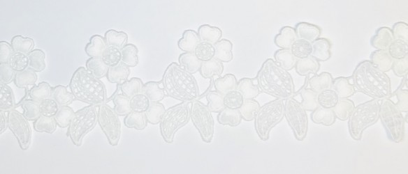 Ribbon flowers white (1m, 6,5cm)