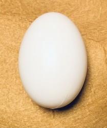 Egg from plastic 7,5 cm